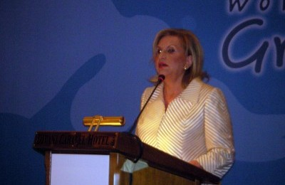 Tourism Minister Fanni-Palli Petralia opens the second forum for strategic marketing in Greek tourism.