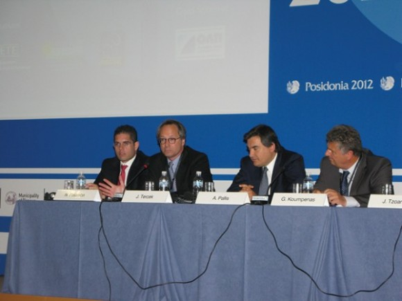 In regards to port privatization, John Tercek, vice president commercial and new business development Royal Caribbean Cruises (second from left), advised Greece to consider the Italian cruise model as it had privatized its ports very well.