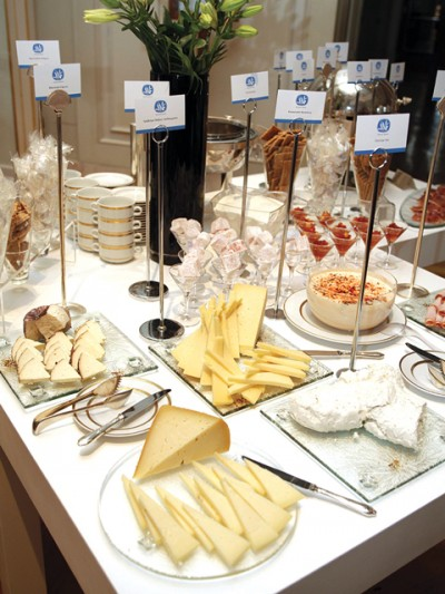 "The Hellenic Chamber of Hotels called on to Greek hoteliers to introduce the ""Greek Breakfast"" through their units."