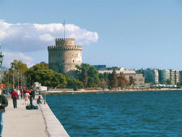 Tourism professionals fear that further air route cuts to Thessaloniki would transform the city into an isolated destination.