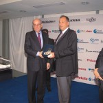 Yiorgos Agadakis (right) received the award on behalf of Top Kinisis Hellas for best website.