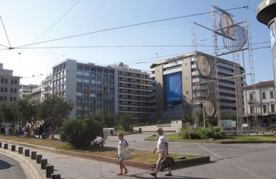 "It's not a secret that many areas around Omonia Square (photo) are inaccessible especially at night, due to ""shady"" figures. According to press reports, many tourists this season have fallen victims to muggings in the city center."