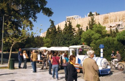 The extended hours of the Acropolis site (above) coincide nicely with the opening hours of the new Acropolis Museum (Tuesday-Sunday: 8 am-8 pm and Friday: 8 am-10 pm).