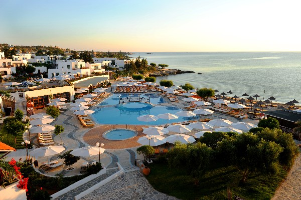 Creta Maris pool