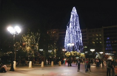 """There wasn't even a Christmas tree. From the municipality they just threw some lights to blink on a cypress on Syntagma Square,"" a representative of the Hellenic Association of Travel and Tourist Agencies (HATTA) told the press. Tourism professionals believe that the lack of a festive atmosphere in Athens was one of the main reasons visitors stayed away during the Christmas and New Year holidays."