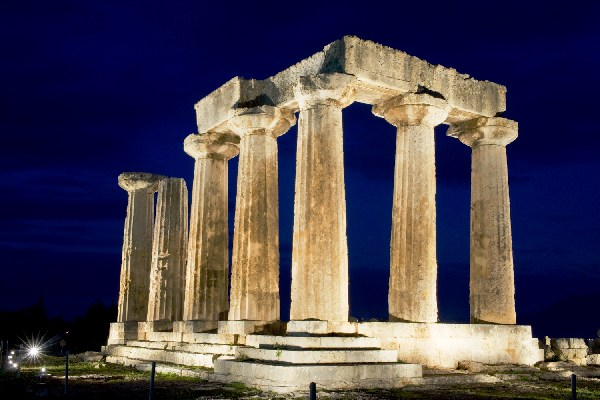 Temple of Apollo Illuminated By Club Hotel Casino Loutraki ...