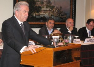 Greek Foreign Minister Dimitris Avramopoulos speaking at HATTA's general assembly for 2013.
