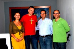 Hersonissos Mayor Zacharias Doxastakis (second from right) with his special advisor Minas Liapakis (right) and Norwegian photographer Stian Rekdal and his associate Dorota Feifer.