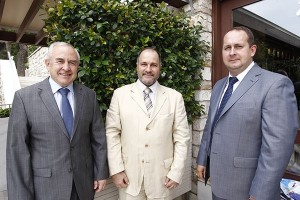 Ambassador of Ukraine to Greece Volodymyr Shkurov; Michael Flerianos, director general Goldstar Aviation, representative of Ukraine International Airlines in Greece; and Anton Mattis, Vp Sales at Ukraine International Airlines.