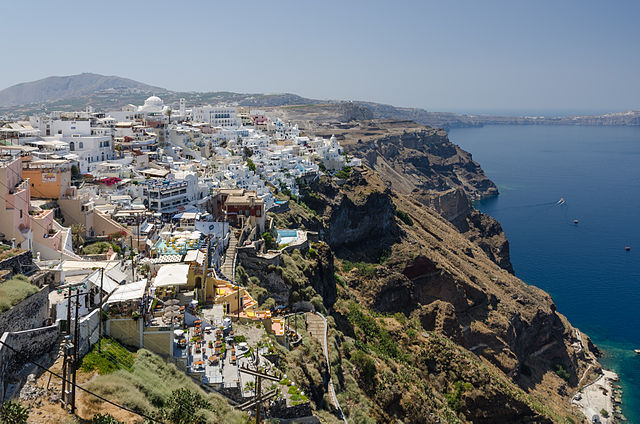 Fira, Santorini. Photo © Norbert Nagel