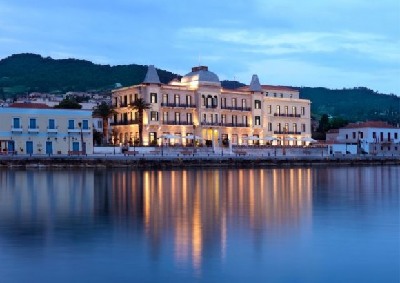 The guests enjoyed the hospitality of the Poseidonion Grand Hotel.