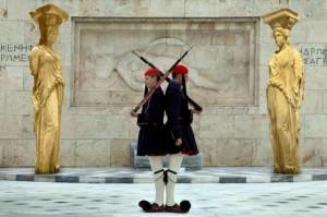 caryatids-photo-exhibition_2