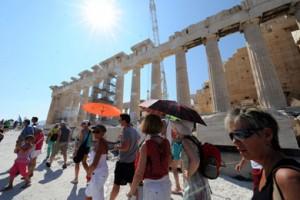 tourists_acropolis_390_0108