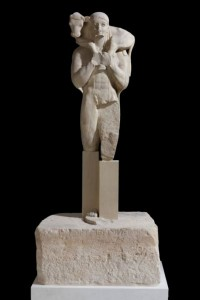 The Moschophoros (Calf-bearer). Around 570 BC. Marble from Hymettos (statue) and Poros (base). Acr. 624.