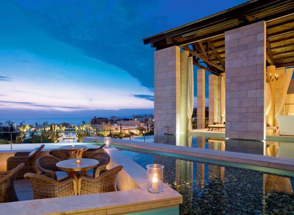 Romanos, Anax Lounge & Lobby
