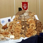 """The """"Greek Breakfast of Thessaloniki"""" was presented at a special event by the Hellenic Chamber of Hotels. Guests had the opportunity to sample various creations that will be included on the breakfast menus of hotels in Thessaloniki."""