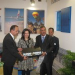 A gift was given to Greek Tourism Minister Olga Kefalogianni while she visited the Philoxenia exhibition stands prior to the inauguration ceremony.