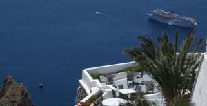 Selene_Santorini_f1