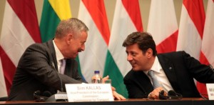 Vice-President of the European Commission and Commissioner for Transport, Siim Kallas and Greek Minister of Shipping Maritime Affairs & the Aegean, Miltiadis Varvitsiotis. Photo © ANA-MPA