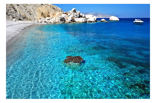 Katergo Beach on Folegandros. Photo © Facebook - Greek Islands