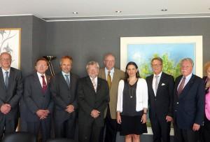Greek Tourism Minister Olga Kefalogianni with representatives of the Southeast Europe Association (SOG). Photo source: Greek Tourism Ministry