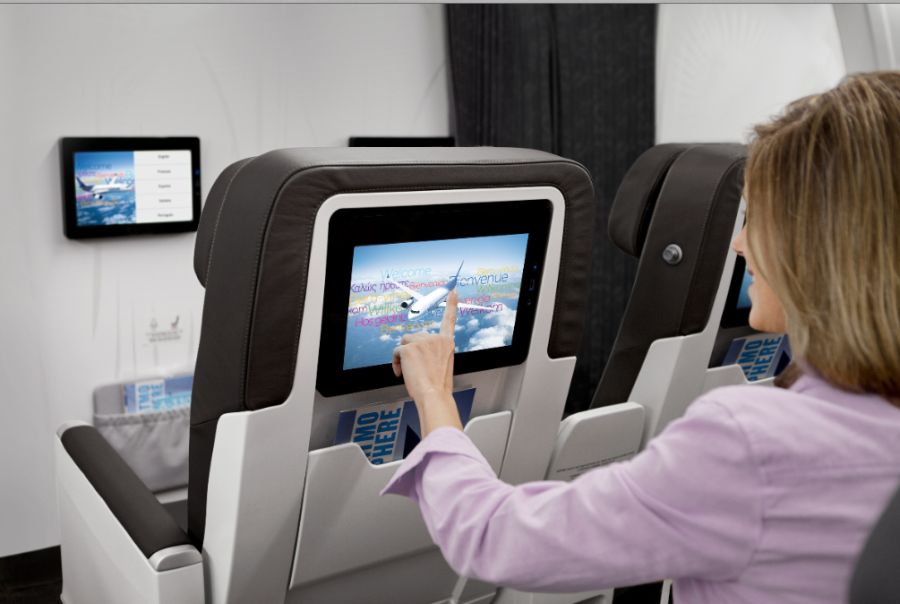 Air transat offers free on demand entertainment on all for Avion air transat interieur