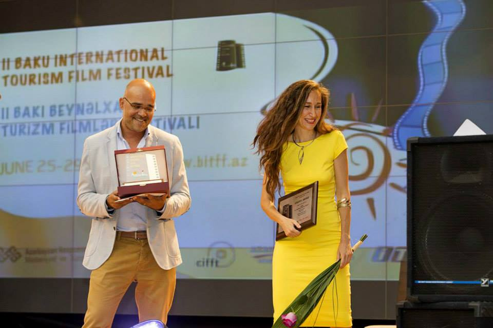 "Cretan filmmaker Theo Papadoulakis receiving the Golden Award at the ""Baku International Tourism Film Festival"" in Azerbaijan. Photo source: Region of Crete"