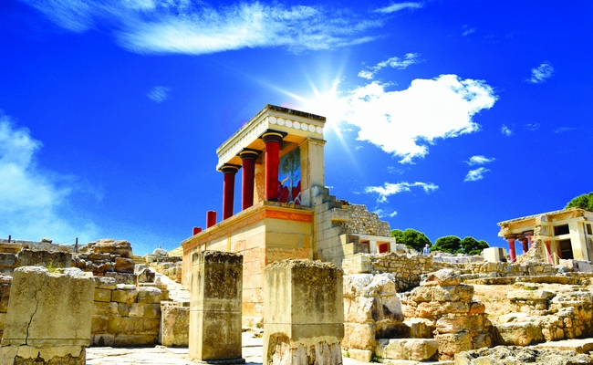 Knossos on Crete. Photo © Tanjala Gica / Shutterstock