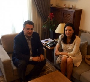 The prefect of Central Macedonia Apostolos Tzitzikostas with Greek Tourism Minister Olga Kefalogianni. Photo source: Greek Tourism Ministry