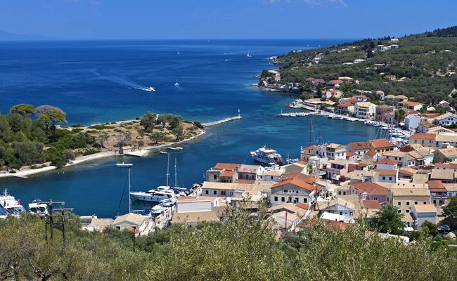 Paxi Island. Photo © Panos Karas / Shutterstock