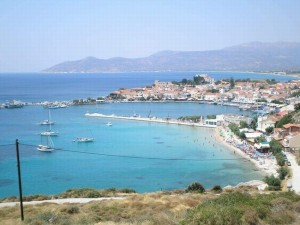 Pythagorio Port on Samos. Photo © Facebook - ΟΙ ΟΜΟΡΦΙΕΣ ΤΗΣ ΕΛΛΑΔΑΣ ΜΑΣ