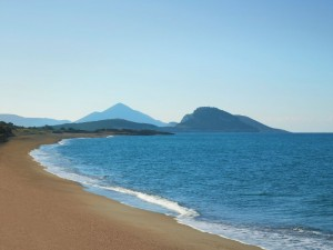 Dunes Beach, Costa Navarino. Photo source: TEMES