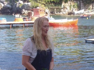 "Meryl Streep during the filming of ""Mamma Mia!"" in Damouhari (2007) Photo © dimosmouresiou.gr. Source: Pelion-Paths"