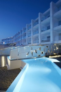 Nikki_Beach_Hotel at night