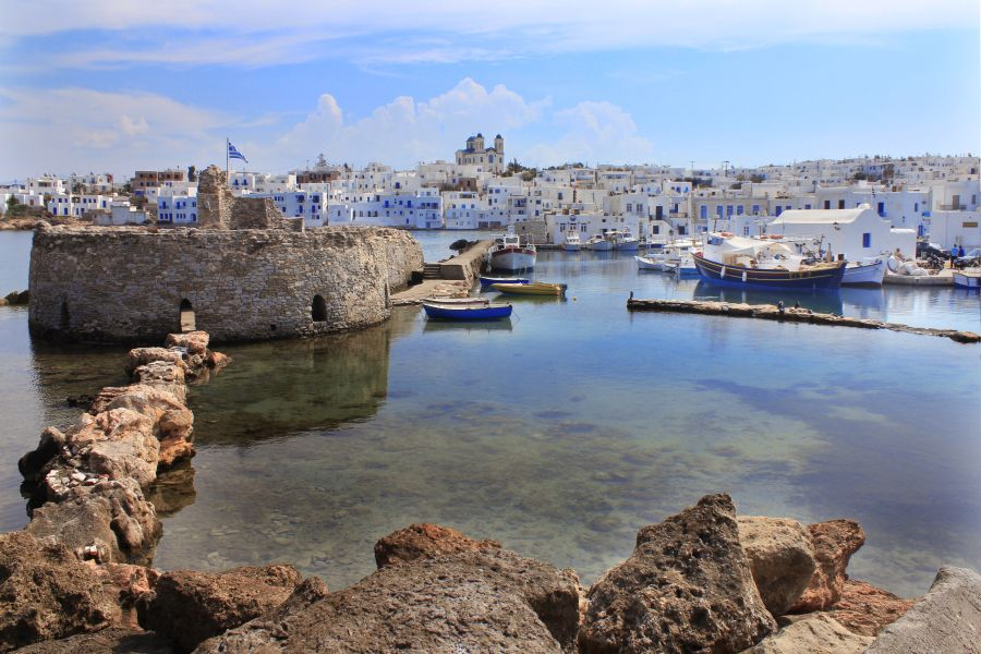 Naoussa bay. Photo © Region of South Aegean