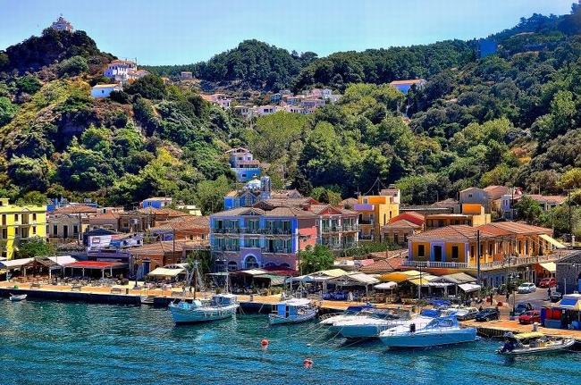 Samos. Photo © Facebook - ΟΙ ΟΜΟΡΦΙΕΣ ΤΗΣ ΕΛΛΑΔΑΣ ΜΑΣ