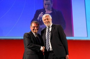 ABTA Chairman Noel Josephides and Region of Peloponnese Governor Petros Tatoulis. Photo source: Region of Peloponnese
