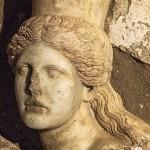 Amphipolis_Sphinx_l_15247