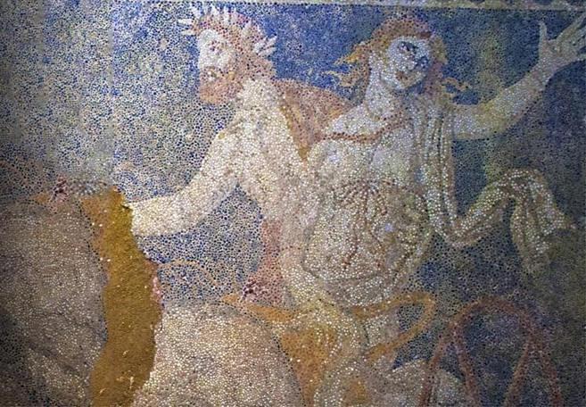Amphipolis_persefoni_1_2