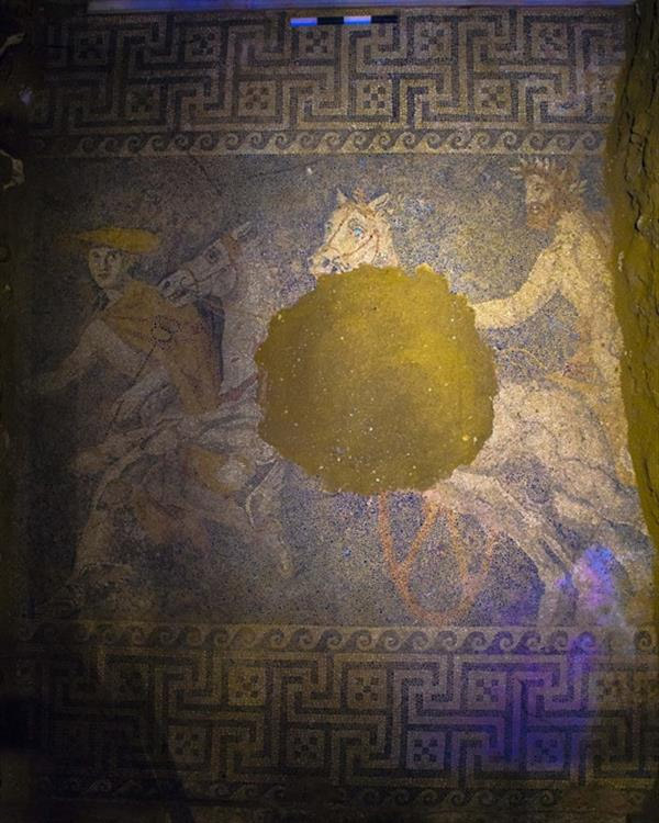 amfipoli_mosaic_floor_1