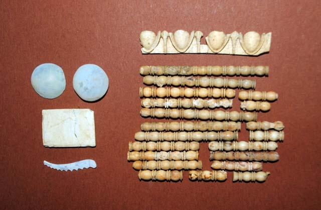 Amphipolis_grave_l_15342