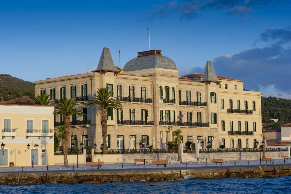 The Poseidonion Grand Hotel on Spetses organized Greece's first Tweed Run.