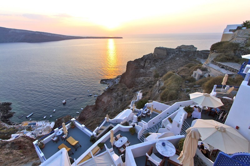 Photo source: Esperas Santorini