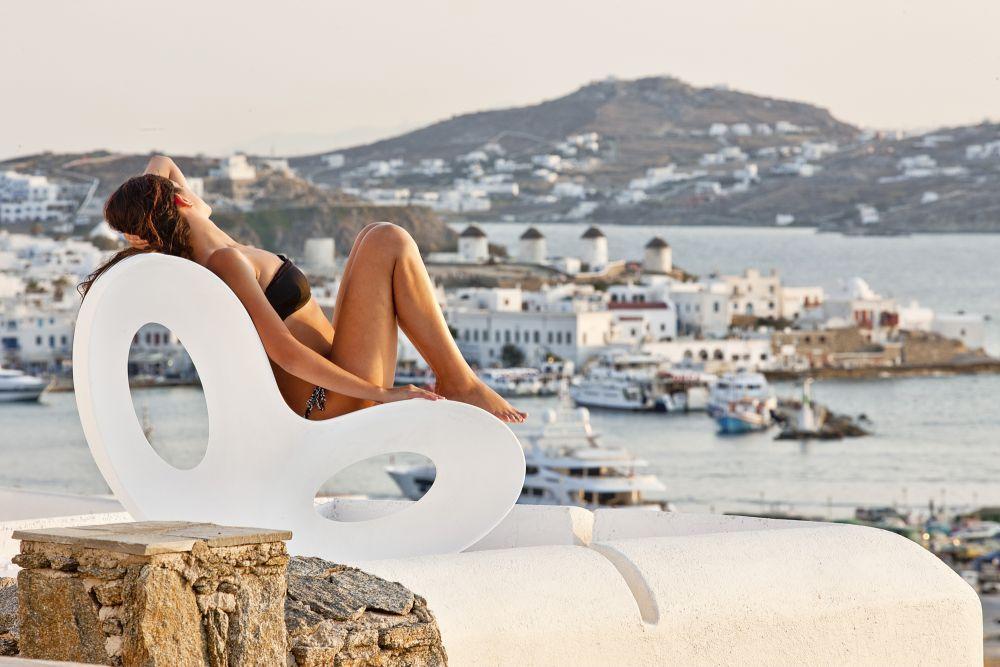 Photo © Kouros Hotel & Suites