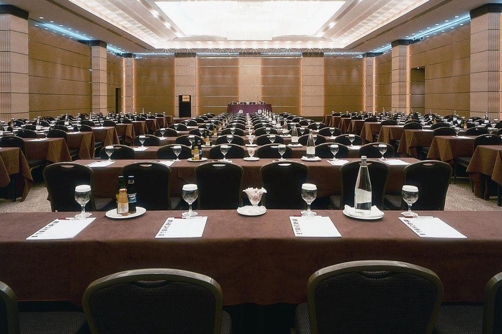 conference_ledra_1