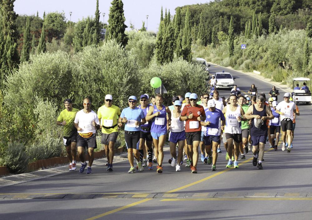 """""""Navarino Challenge"""" runner. Photo credit: Babis Giritziotis"""