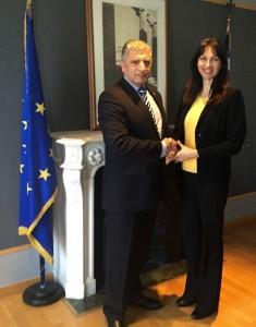 KEDE President Yiorgos Patoulis and Alternate Tourism Minister Elena Kountoura. Photo source: KEDE
