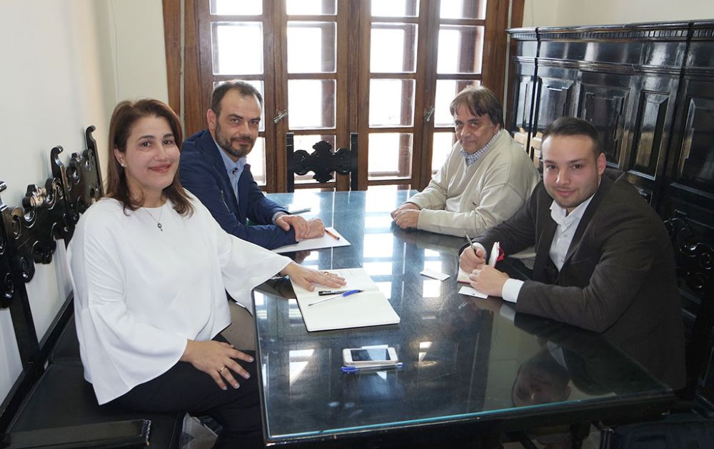 The vice governor of tourism of the South Aegean Region, Marieta Vakiani Papavasileiou, in a meeting with Borajet representatives.