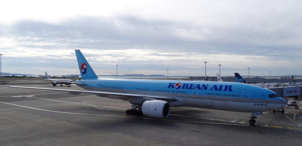 Korean_Air_Boeing_777.jpg large