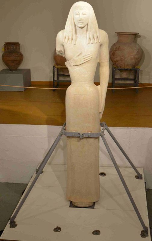 The Kore of Thira. Photo source: Culture Ministry